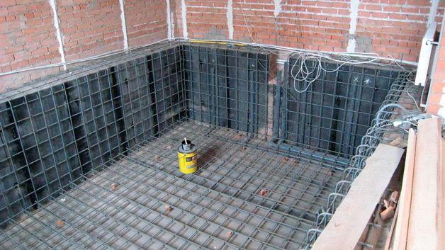 Строительство домашнего водоема