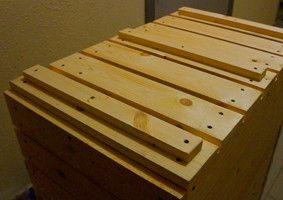 Деревянный балконный ящик